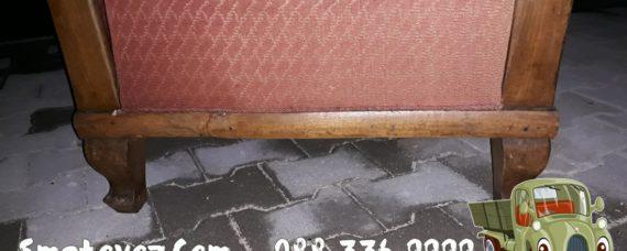 Извозване на стари мебели столове и други
